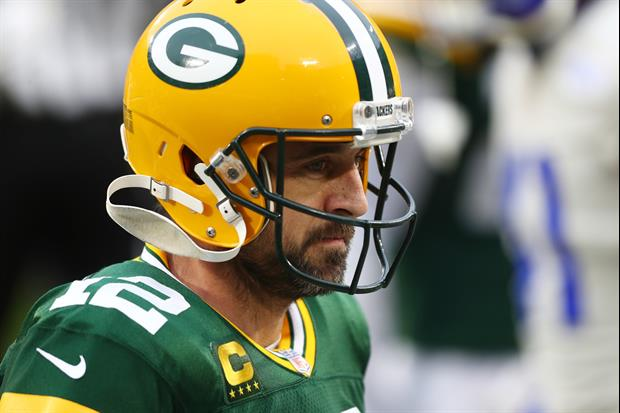 'Jeopardy!' Contestant Caught Host Aaron Rodgers Off Guard With This Answer