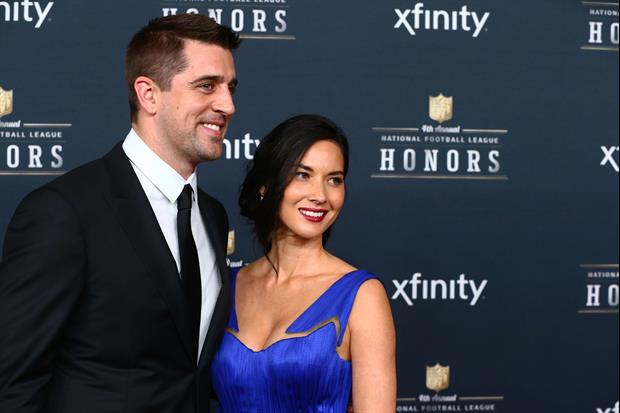 Olivia Munn Debunks Aaron Rodgers Engagement W/ Funny Post
