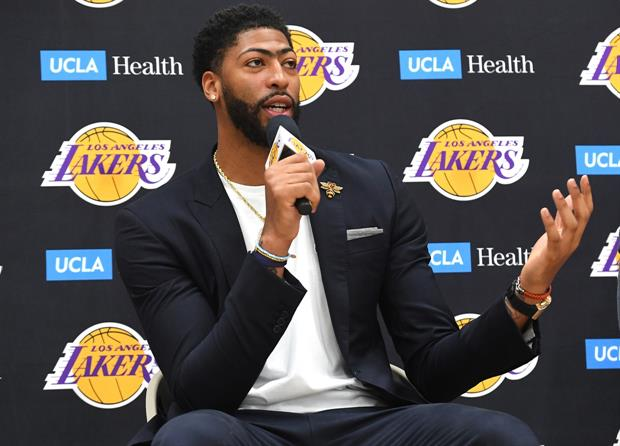 Here's How Anthony Davis Found Out He We Traded To Lakers................