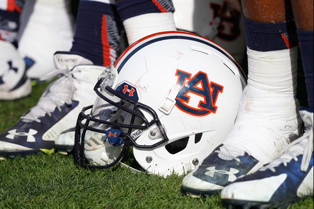 This Auburn Fan Says She Has Too Many Blue & Orange Outfits For The Season To Be Canceled