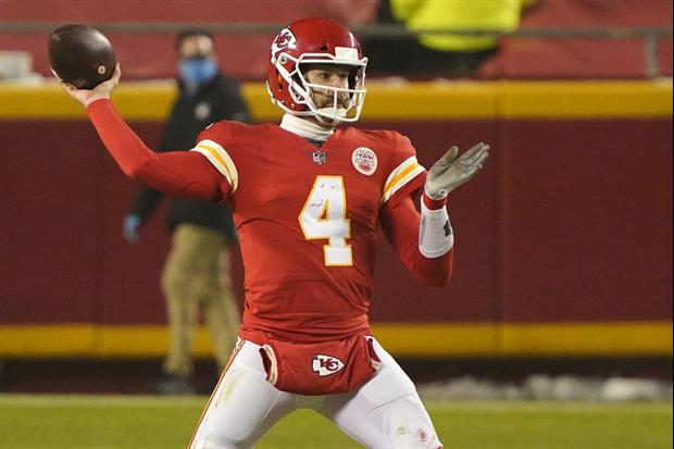 Chiefs QB Chad Henne's Only Social Media Is LinkedIn, So He Doesn't Know '#HenneThingIsPossible'
