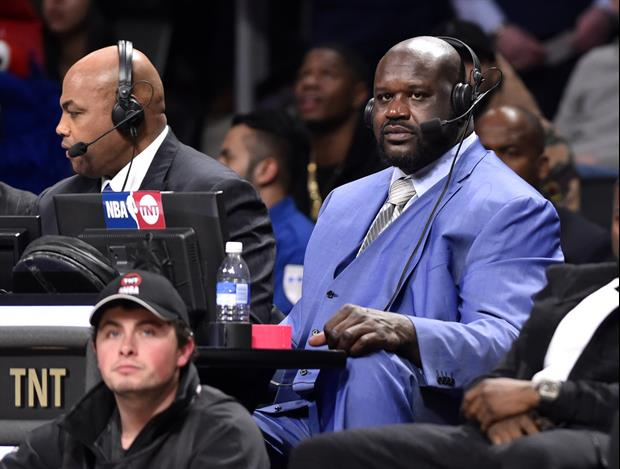 Charles Barkley And Shaquille O'Neal Make The Rock Look Like A Dwarf In This Pic