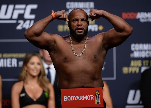 Video Of Steven Seagal Training Daniel Cormier Surfaces, Tells Him Cameras Must Be Off