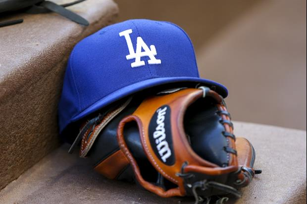 Dodgers Fans Throw Punches At Each Other In Wild Skirmish At Giants Game