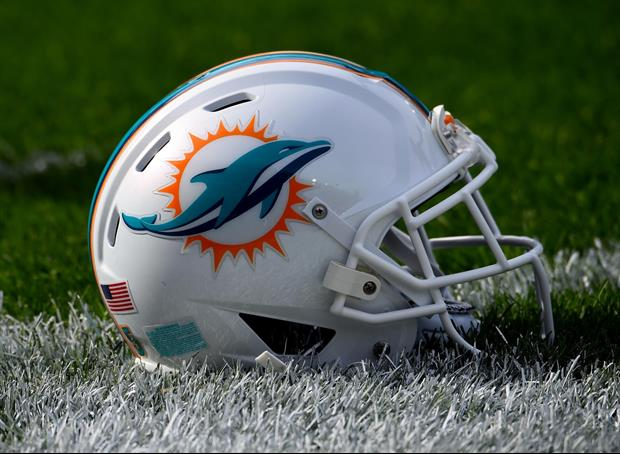 Miami Dolphins Tailgate Stripper Pole Seemed To Be A Hit, here's video....