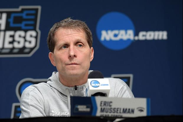 Arkansas Coach Eric Musselman Let A Recruit Stand Over Him Like Allen Iverson/Tyronn Lue
