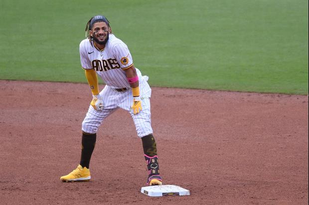 Padres' Fernando Tatis Jr. Lays Down The Full-On Splits To Steal 2nd Base