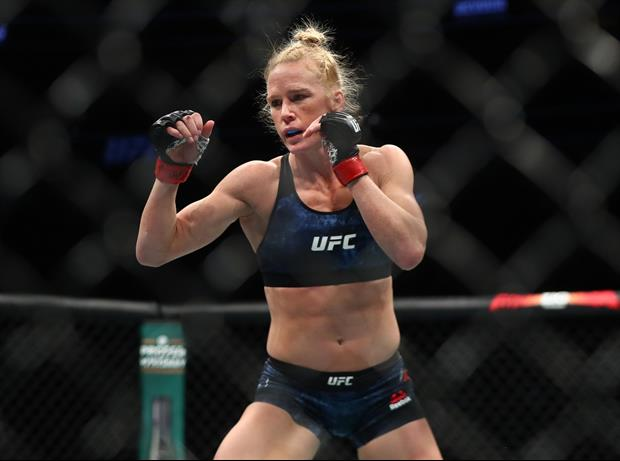 UFC Champ Holly Holm Caught Some Rays Once Again This Weekend