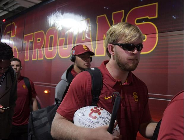USC's Blind Long Snapper Jake Olson Has Great Response To Lane Kiffin's Blind Refs Tweet