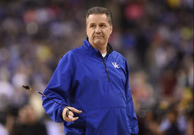 Kentucky head coach John Calipari looking like your every day Joe over the holiday weekend...