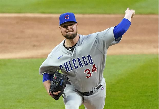 Cubs Pitcher Jon Lester Thanks Chicago Fans With Free Beer On Him