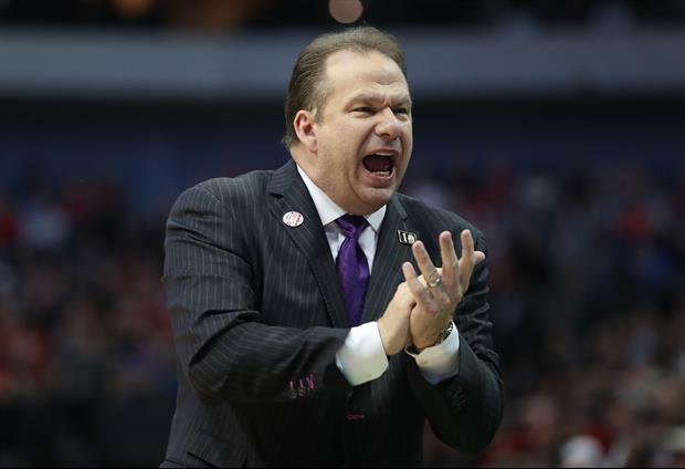 Stephen F. Austin Coach Rips Into His Players Being Millennials Always On Their Phones