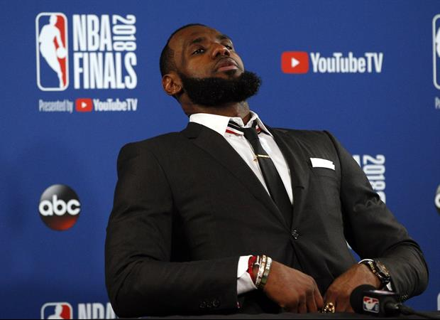 LeBron James Is Already Having Dinner With Al Pacino & Leonardo DiCaprio In L.A.