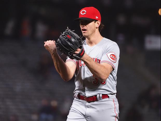 Reds' Lucas Sims Refused To Pitch In The Rain, So He Threw Out Every Ball The Ump Gave Him
