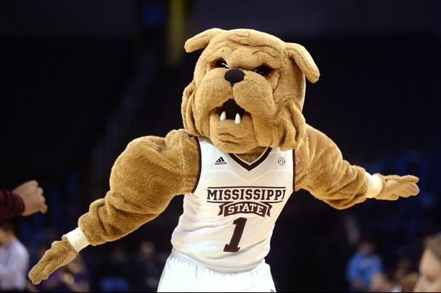 Mississippi St S Student Section Chanted Ucf As Auburn