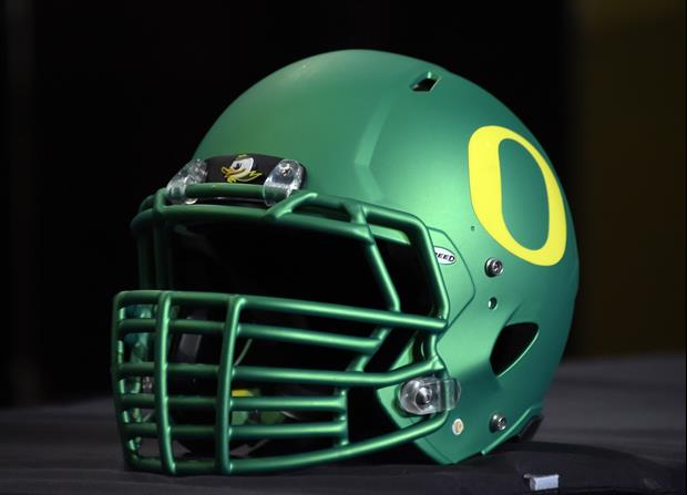 Oregon Unveils New 'Ohana' Uniforms For Saturday's Game vs. UCLA......