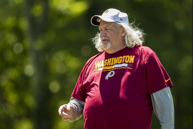 After Seeing This Pic, Is Anyone On The Redskins Staff Worried About Rob Ryan's Belly?