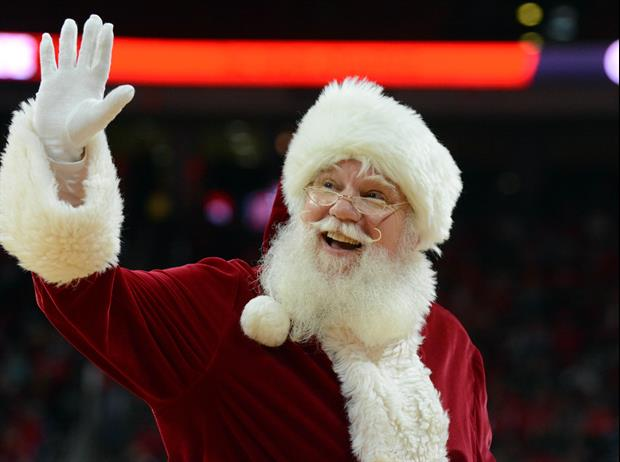 Clemson Now Has Santa Claus Recruiting For Them