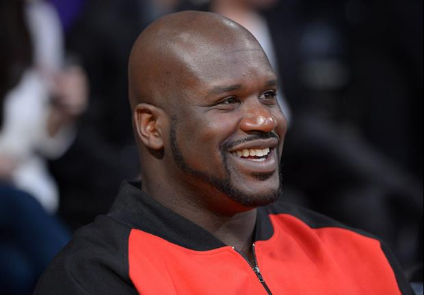 Superman to the rescue. Shaquille O'Neal witnessed a car wreck this weekend in Los Angeles and swoop