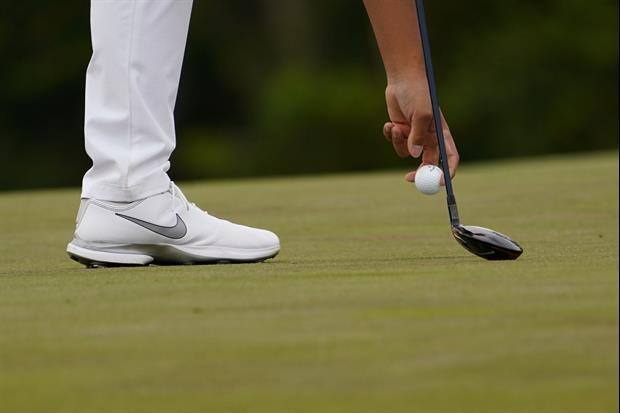 Golfer Si Woo Kim Was Putting With A Wood After Snapping Putter At The Masters