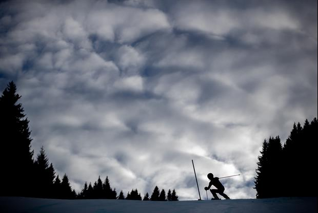 This Two-Year-old Skiing May Give You An Anxiety Attack