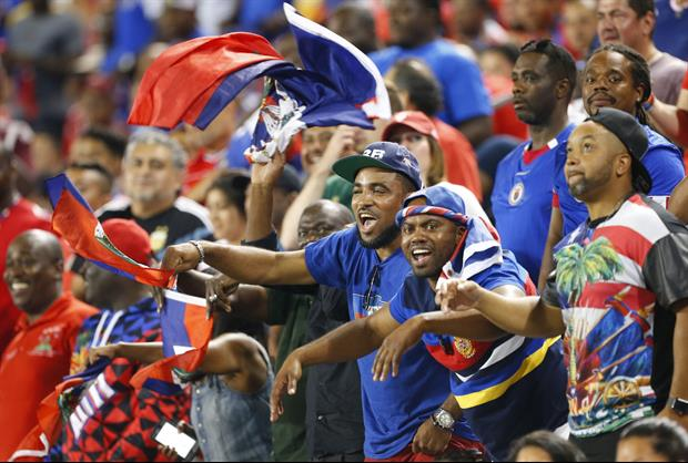 Jamaica & Panama Fans Fought Throughout The Whole Gold Cup Game, in Philadelphia.