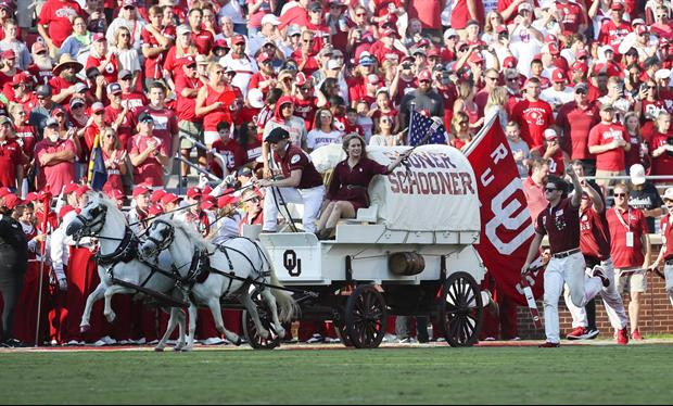 These Two Girls Got Photobombed By Saturday's Oklahoma Sooner Schooner Crash