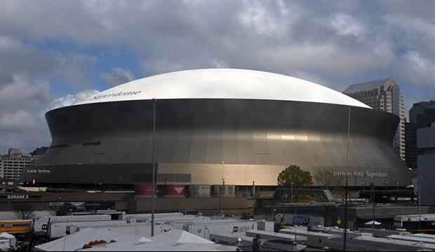 There's A Fire On Roof Of Caesar's Superdome