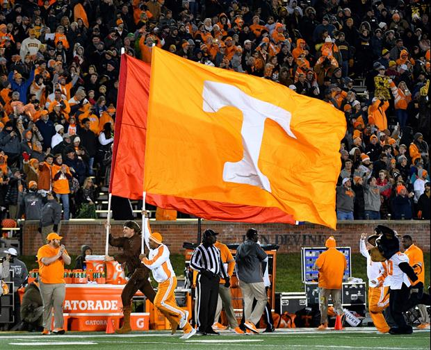 Tennessee Company Renovating Kentucky's Rupp Arena Put A Vols Flag Atop the Crane