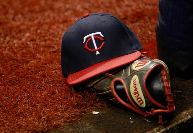 Twins Outfielder Rob Refsnyder Did Centerfield Had A Wall
